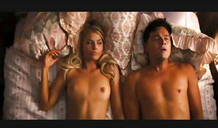 من برهنه, بنابراین هر کس می تواند آنها را ببینید فلم سکس 20018